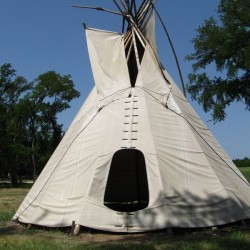canstockphoto2212932-tipi-250x250-1463394395